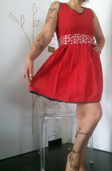 Robe style année 50 esprit rockabilly rouge