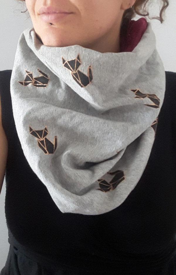Snood en molleton et velours tissu renard origami