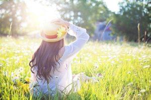 choisir le couleur de vos vêtements au printemps