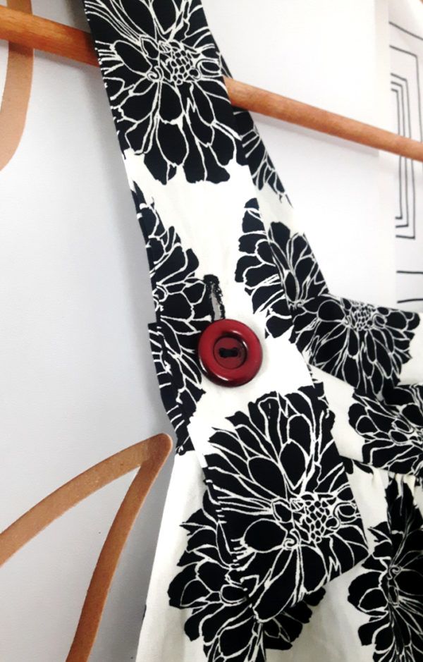 boutonnière combinaison large motif pivoine